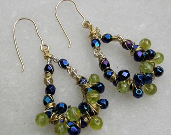Goldfilled earrings with peridot and blue glass beads nr 31