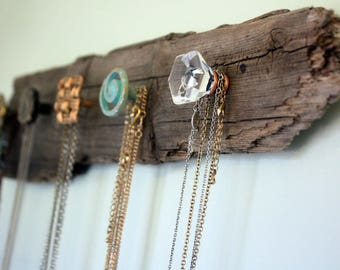 Plank necklace display