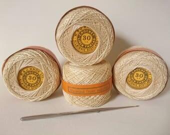 "Vintage Ivory ""Knox's"" Linen 30 LC Crochet lace thread Kilbirnie Scotland 1/2 ounce spool"