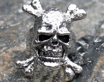 men skull ring - sterling silver skull ring - 925 solid silver ring - men pirate ring - silver pirate ring - skull crossbones ring