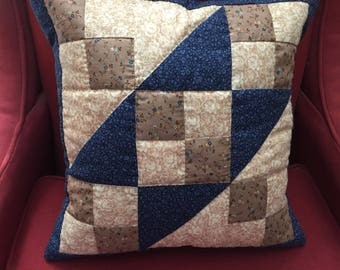 Jacob's Ladder Hand-Quilted Pillow Cover in Navy and Beige