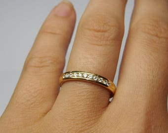 18 kt gold wedding RING with 0.5 ct. white DIAMONDS