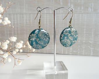 Baroque Emerald Stud Earrings Resin earrings