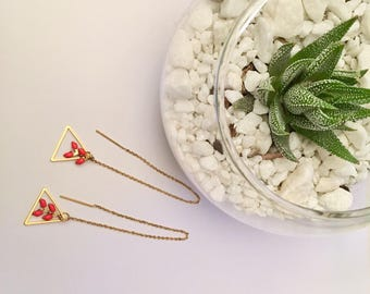 Dangle chain earrings plated gold - neon pink spikes.