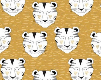 Fabric organic · Jersey · Little tiger. Dusty gold. 20 cm