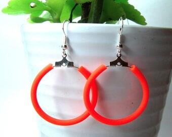 Earrings small hoops flashy