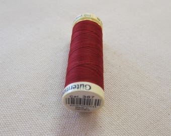 Sewing thread bordeaux n 367 Gütermann 100% polyester