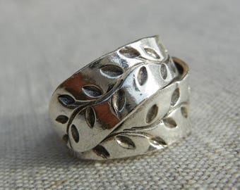 Ring in Sterling Silver 925 leaf Motif