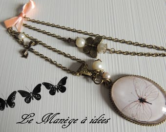 "Necklace / sautoir ""beautiful Butterfly chic"" bronze metal."