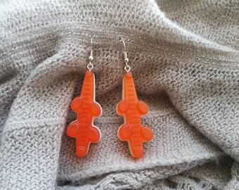 Pierced ears Crocodiles resin Orange and white