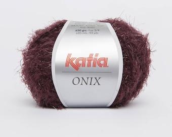Onyx - Katia 78 Garnet color yarn