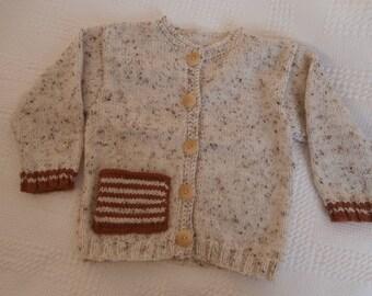 Wool jacket beige 2 button fastening