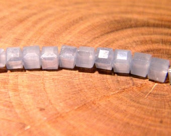 10 beads - cube faceted 3 mm-way jade - blue - PG175-13