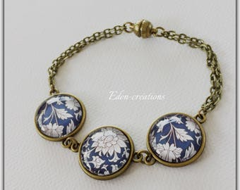 China Blue bracelet, glass cabochon, shabby chic