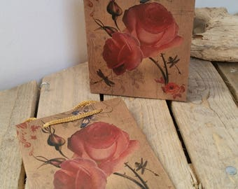 1 x  sac pochette kraft motifs roses, cadeaux fête de méres  ,Dimensions: 14.5x11.5x5.5cm