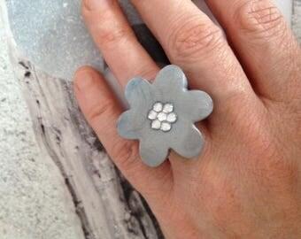 Grey flower and rhinestone ring