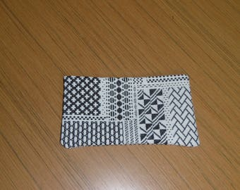 Organizer purse black and white patterns