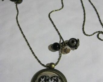 "Pendant necklace/retro/vintage bronze with glass cabochon 25mm ""Joli coeur"""