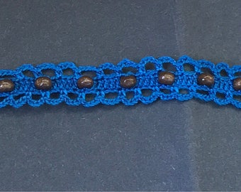 Crochet bracelet with wooden beads