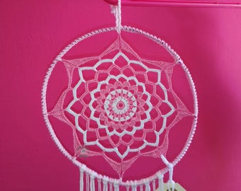 Dream catcher pink and white crochet