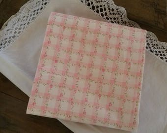 Fabric shabby chic 50 X 50 cm / checked and old rose