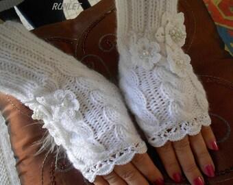 """white winter""""s fingerless"""