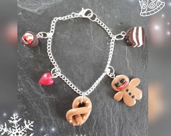 Bracelet chain and charms.