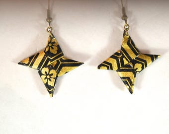 Origami Shuriken EBIT 場合 earrings