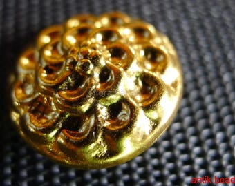 15 antique buttons metal