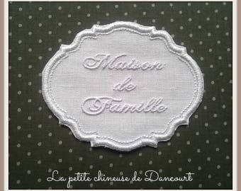 White Gustavian family house Medallion