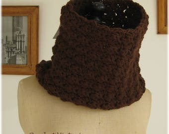 Brown crocheted collar