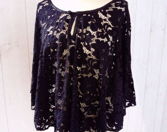 poncho, poncho, lace, black poncho, cape with lace, black cape, Black Lace cape, Black Lace poncho