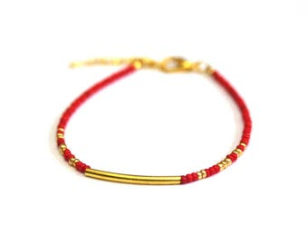 Red and gold seed beads bracelet