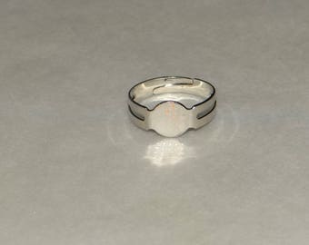 ring bright silver colored 18mm with a set of 8mm