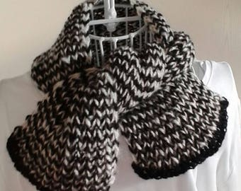 "Shawl hangesponnen ""Yin Yang"" from alpaca wool and hand-knitted"