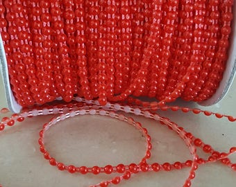 1 meter of trim red flat beads 4 mm