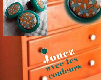 Buttons of furniture in beige, Orange, turquoise and caramel with emerald green outline