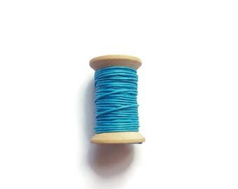 Blue waxed cotton threads