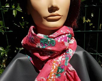 Scarf / colorful for summer and mid-season