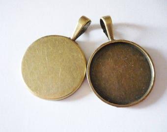 A color (B3) round vintage Bronze Medallion