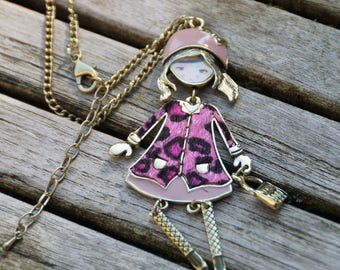 Little doll gold chain necklace