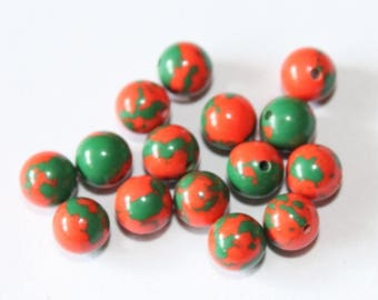 stone 6 mm, green and red, set of 10 beads