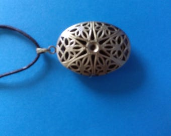 bronze color pendant