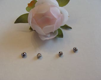 Set of 8 beads spacers 4 * 4 mm bicone