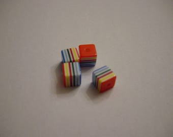 4 striped multicolored 8 mm resin cube beads