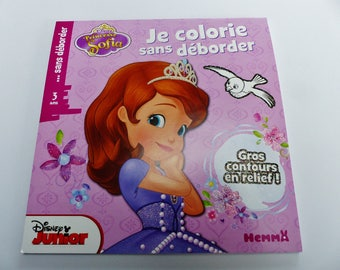 Princess Sofia I color without overflowing big outline in glitter and embossed