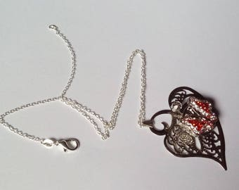 Beautiful red Ilona necklace