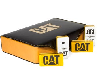 Caterpillar Jumbo Domino Double Six, 5 Coats 100% Acrylic. Faux Leather Case
