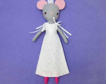 mouse doll pattern, mouse doll, mouse toy, toy mouse pattern, toy mouse, small mouse, plush mouse, stuffed doll pattern, stuffed mouse pdf
