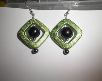 00149 - Square and round earrings